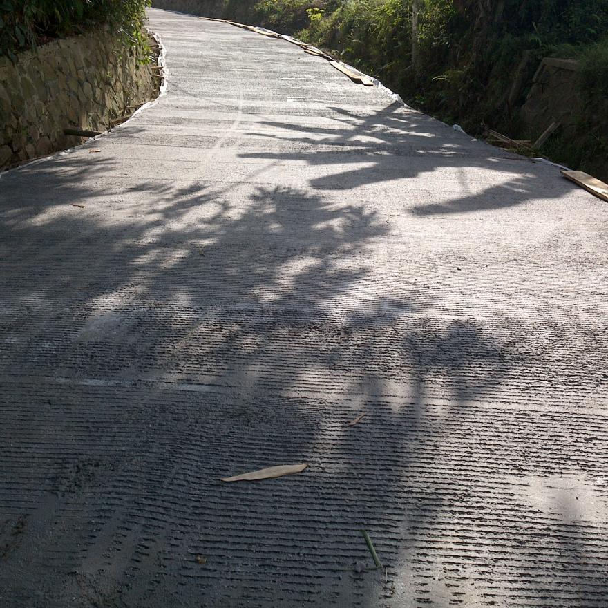 Pembangunan Jalan Desa Cikoneng-Cimalencer